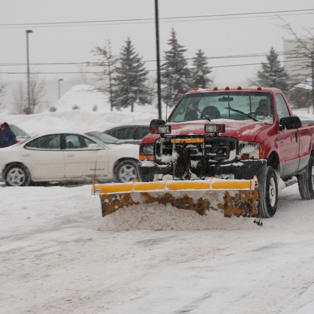 Lelands Lawn and Landscaping Works Around the Clock to Offer Commercial Snow Removal Services